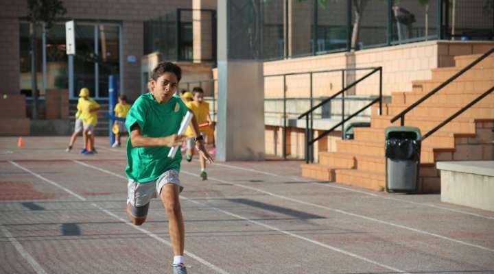 Caxton College deporte primaria