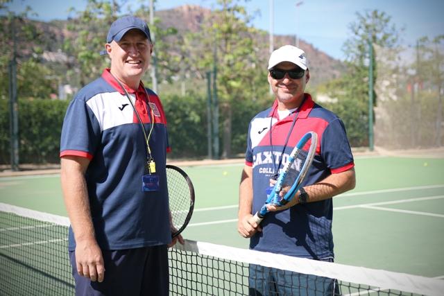 entrenadores de tenis en Caxton College