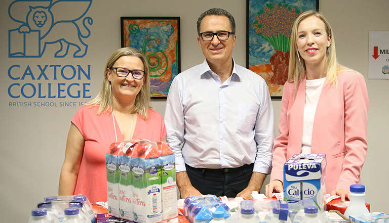 Recogida de leche en Caxton College